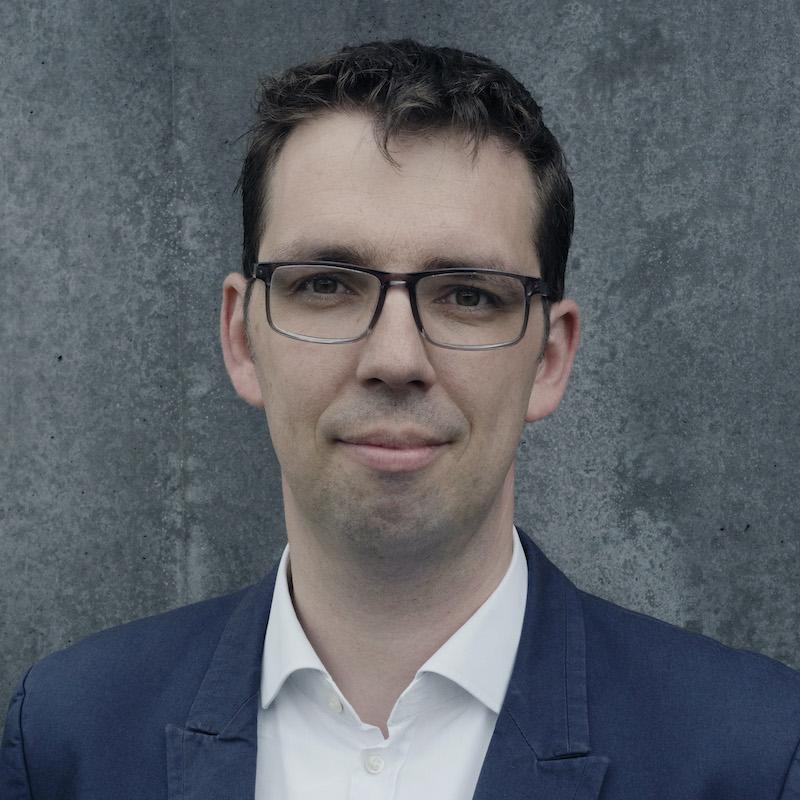 Vortrag Transformation: Portätfoto von Vortragsredner Dirk von Gehlen