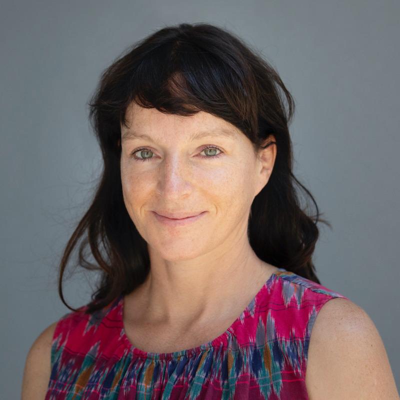 Keynote Generationenfragen: Poträtfoto der Vortragsrednerin Vera Schröder
